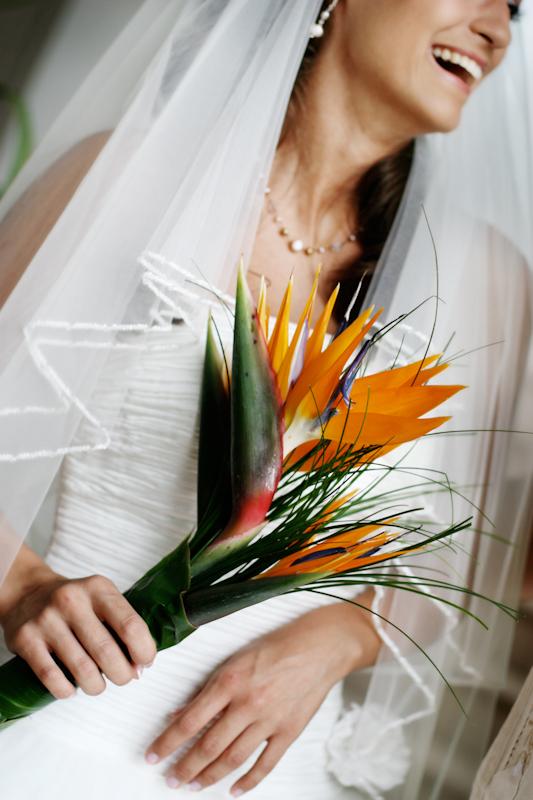 Cabo San Lucas Bride and Bouquet