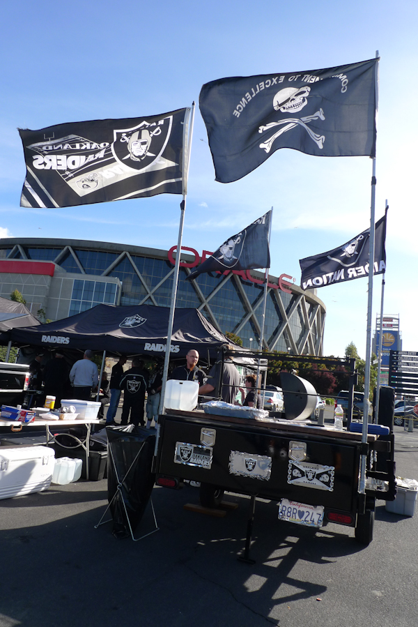 Oakland Raiders tailgate setup