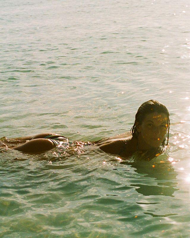 Pucci in Zanzibar 🍑🍑🍑 @emiliopucci @babynative
