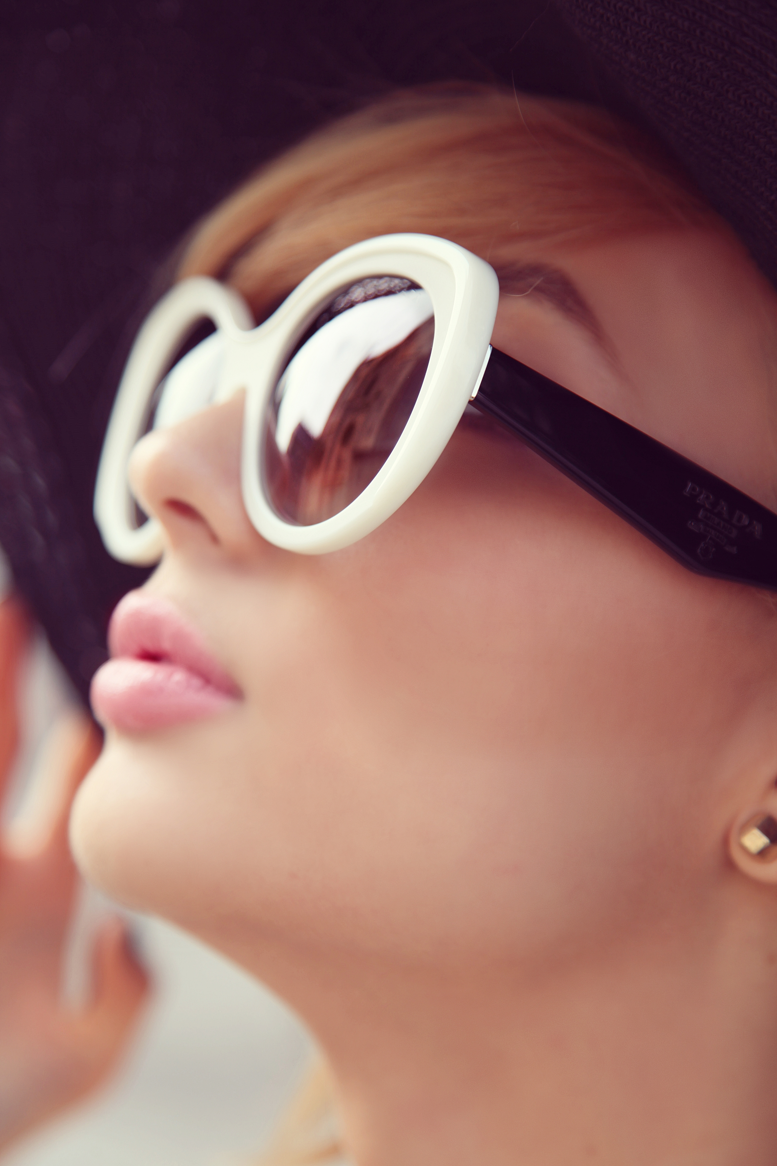 DYROGUE Sunglasses Prada Diana Rogo
