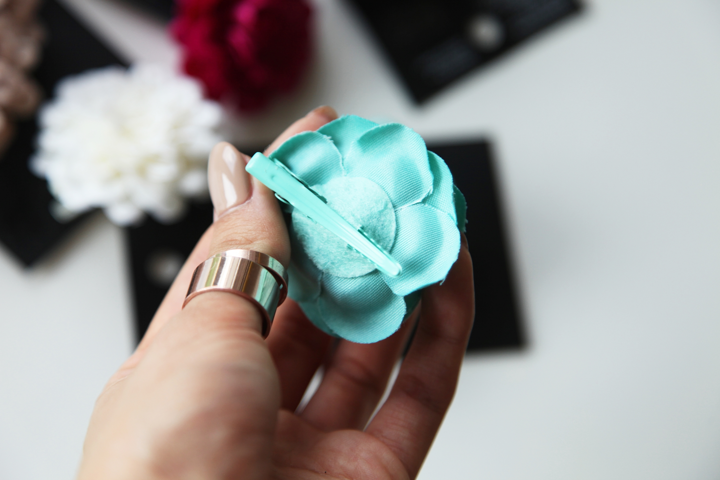 H&M floral tourquise Hairpin