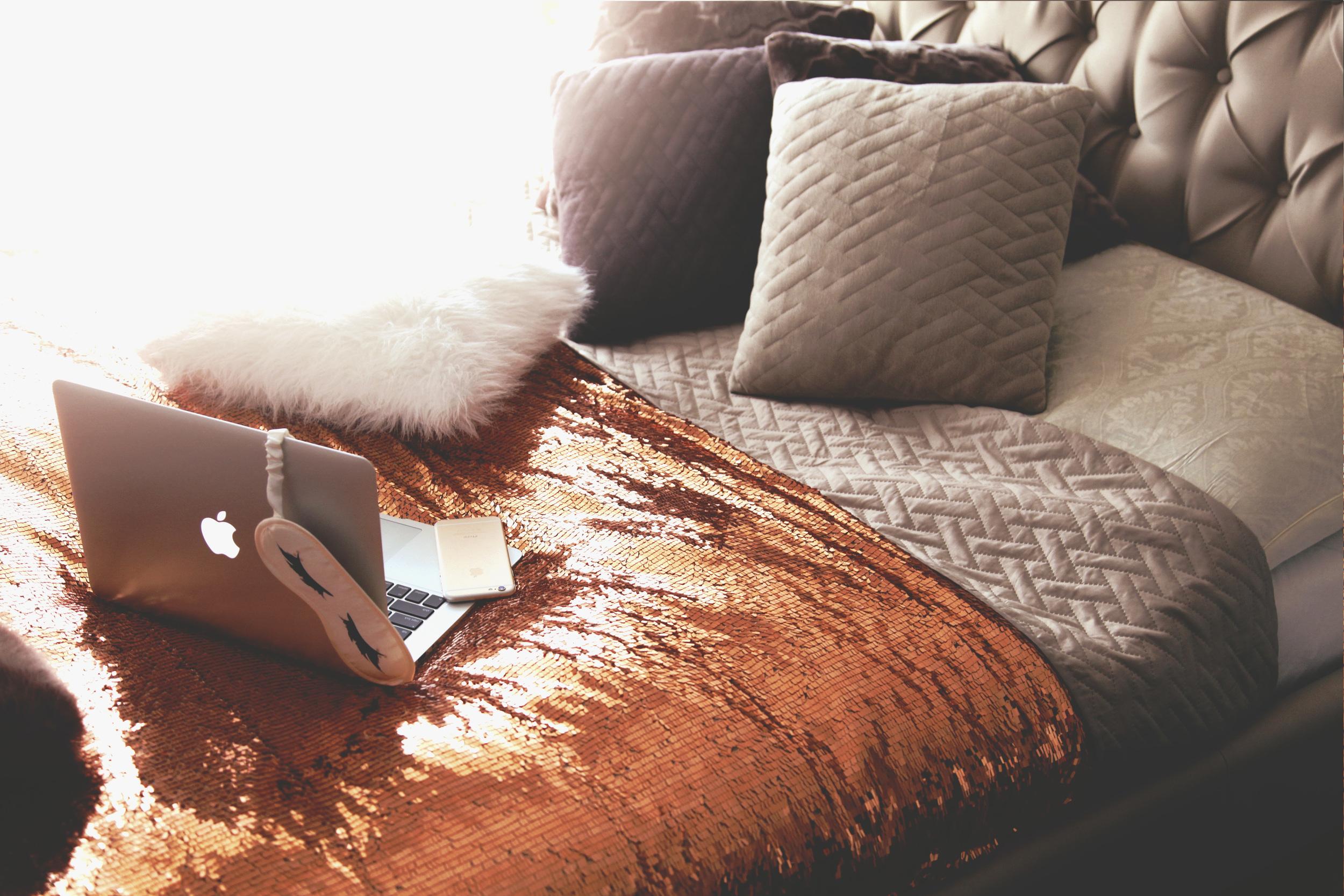 Diana Rogo bed cover 6.jpg