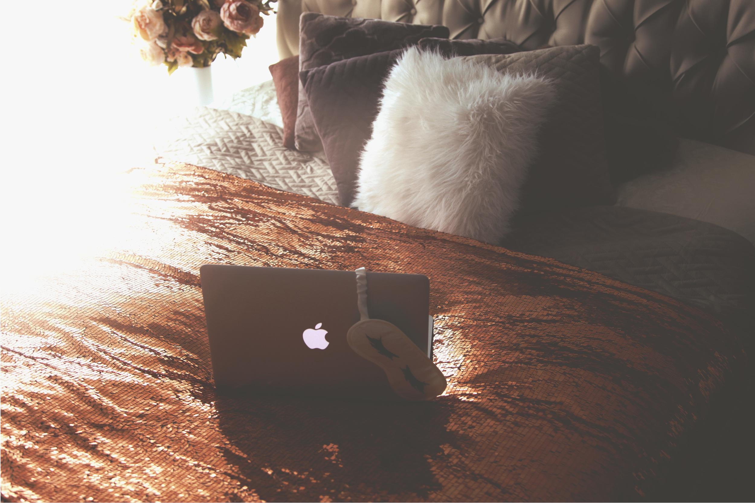 Diana Rogo bed cover 9.jpg