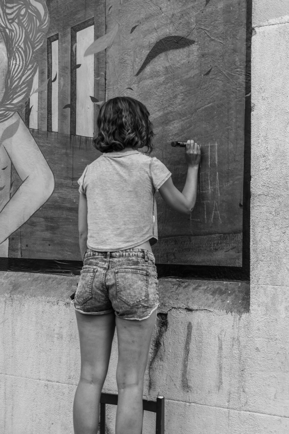 Chincheta - MurosTabacalera by Guillermo de la Madrid - Madrid Street Art Project-58.jpg