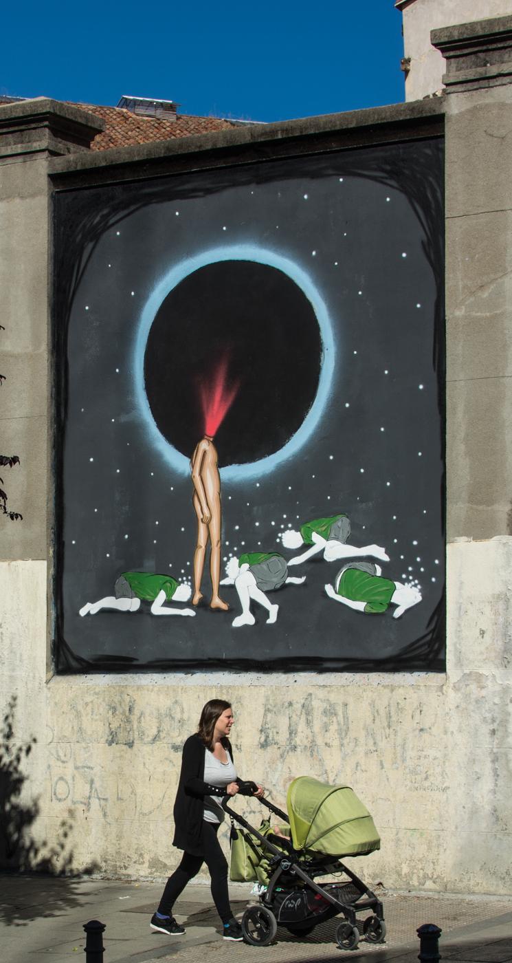 Dadi Dreucol Final - MurosTabacalera by Guillermo de la Madrid - Madrid Street Art Project-002.jpg