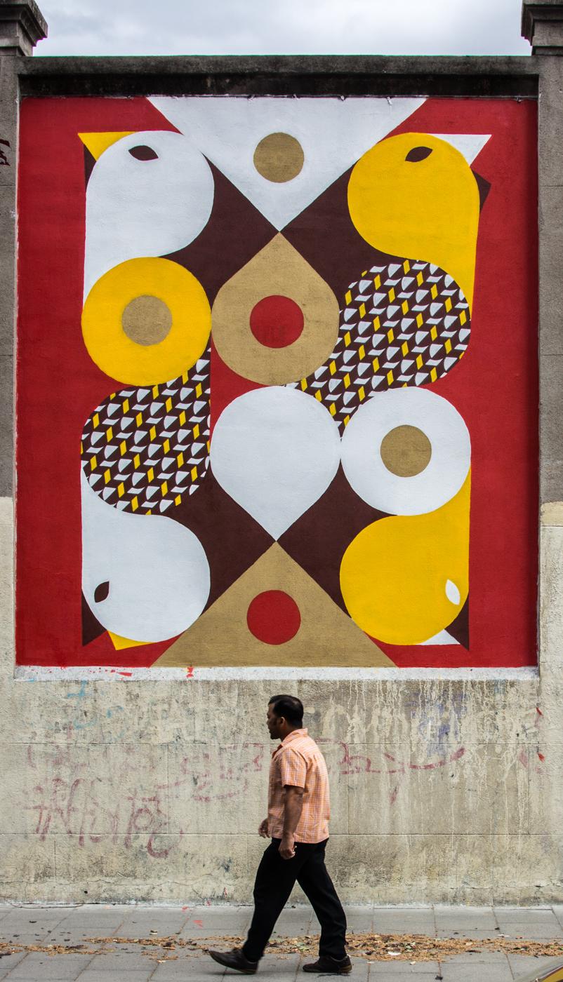 Lelo final - MurosTabacalera by Guillermo de la Madrid - Madrid Street Art Project.jpg