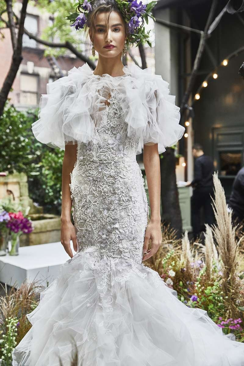 marchesa-wedding-dresses-fall-2020-02-b95603d88a024095ae5ec0a3e1b4d393.jpg