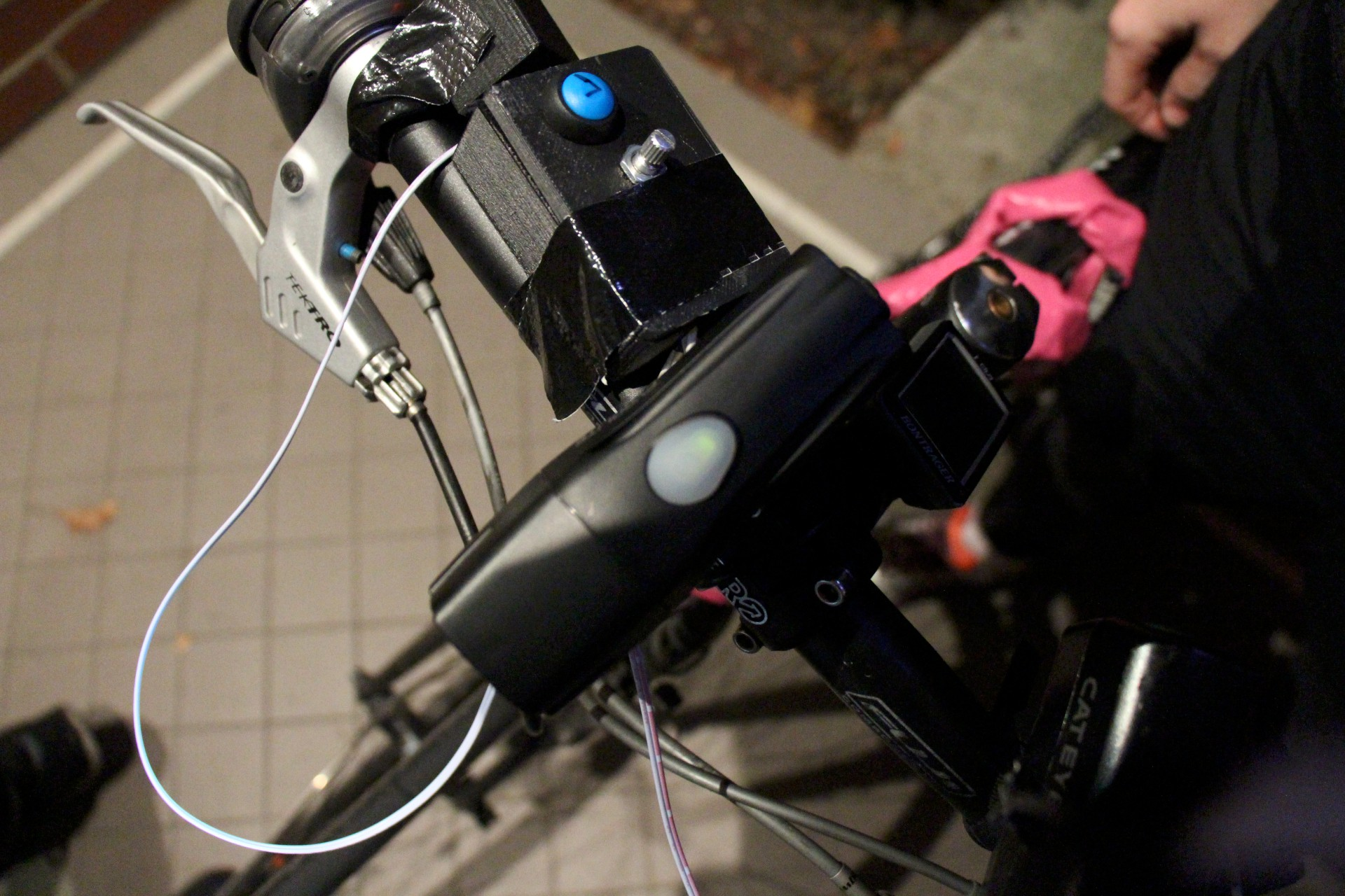 Main controller box mounted on the handlebars.