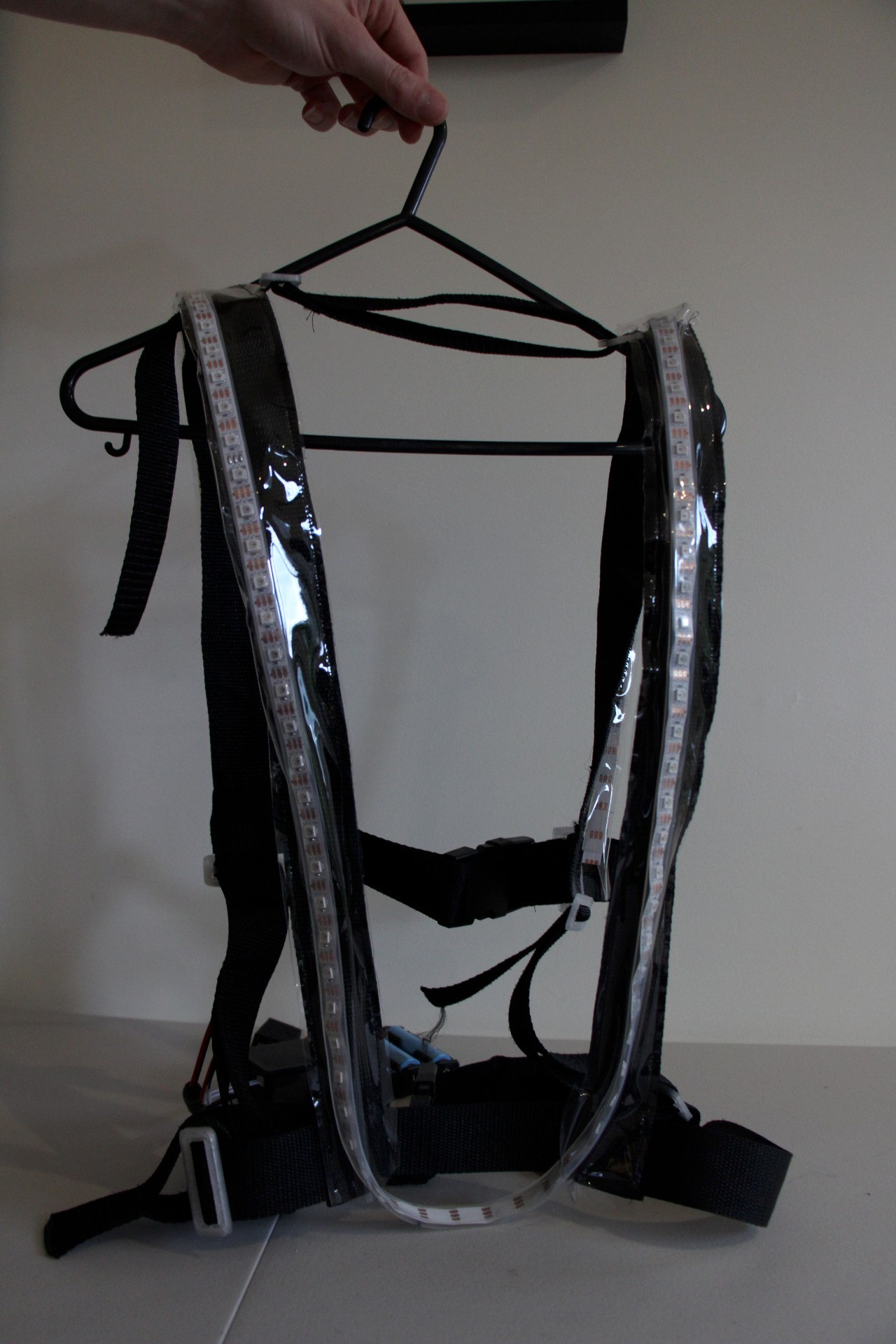 Harness from the back - you can see all the adjustments you can make; length and width for every part.