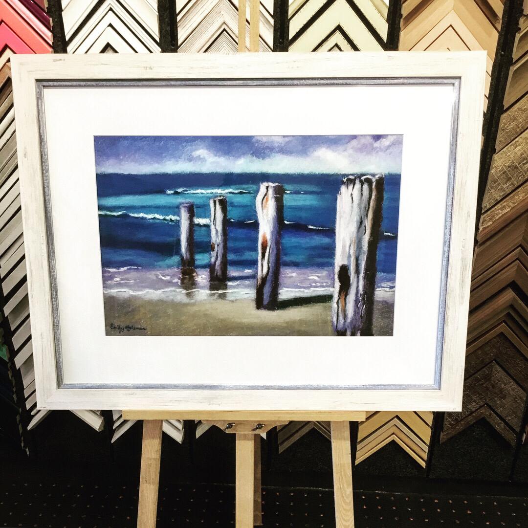 Now Showing Emily Holsman. - Emily Holsman was born in Melbourne, Australia.An award winning artist, she lives and works in the idyllic coastal village of Balnarring on Victoria's Mornington Peninsula.