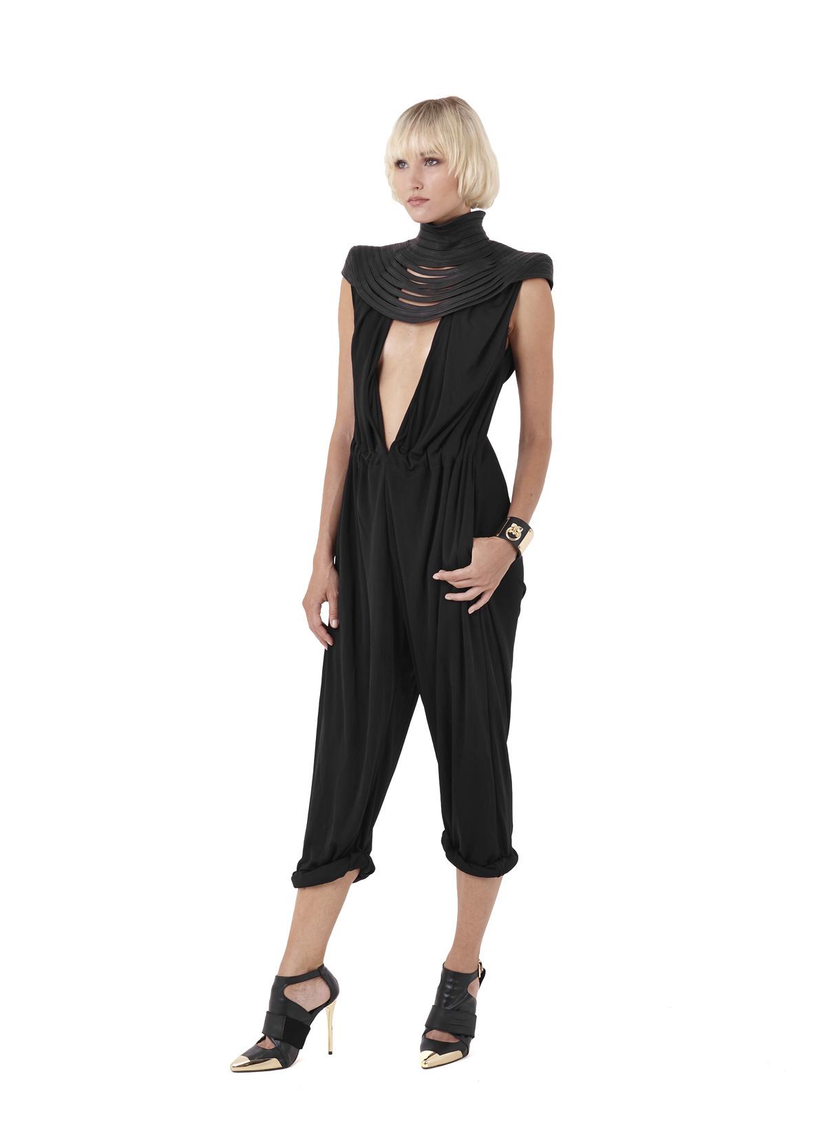 Obsidian shoulders & Andesine jumper