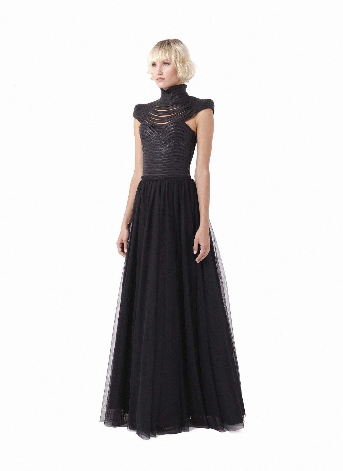 Obsidian shoulders, Obsidian corset & Hornblende skirt
