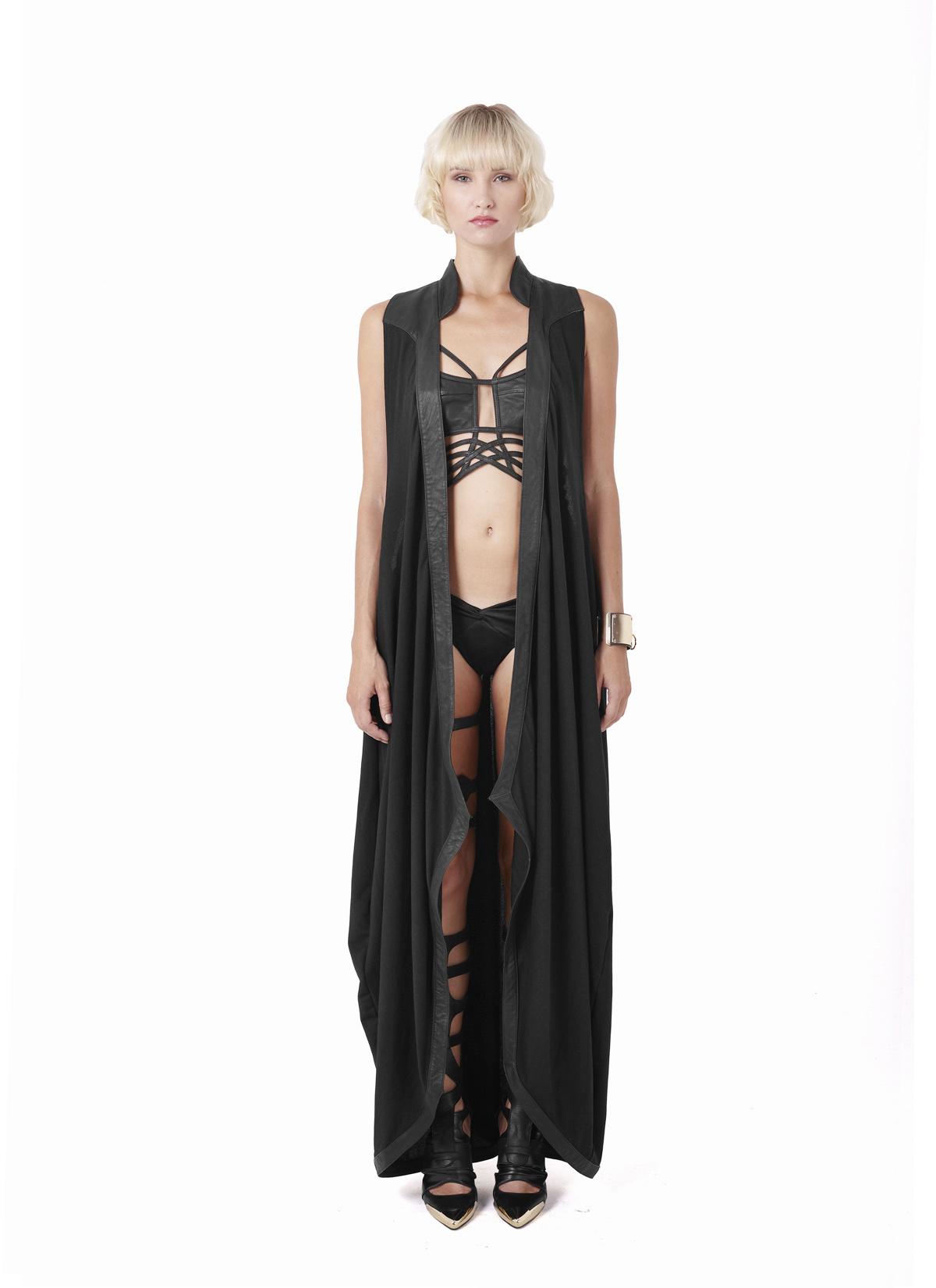 Sillias robe & Dyshic top