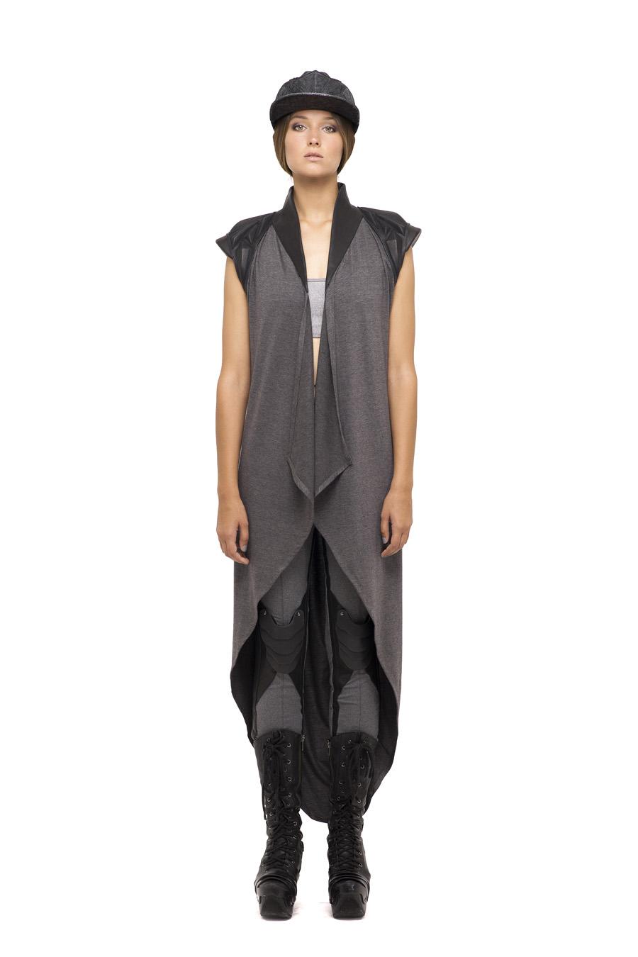 Var Shoulder Dress, Plated Knee Long Leggings