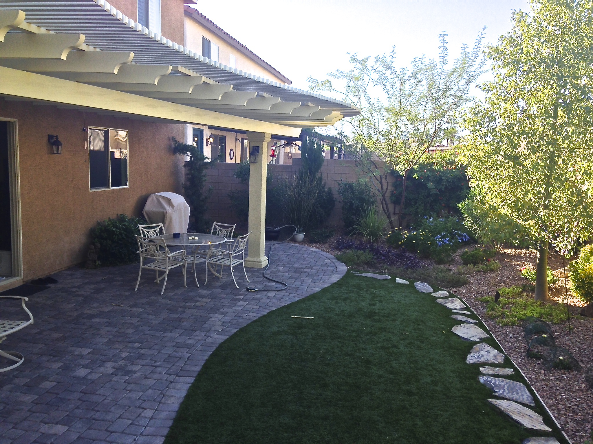 Covered patio, BBQ