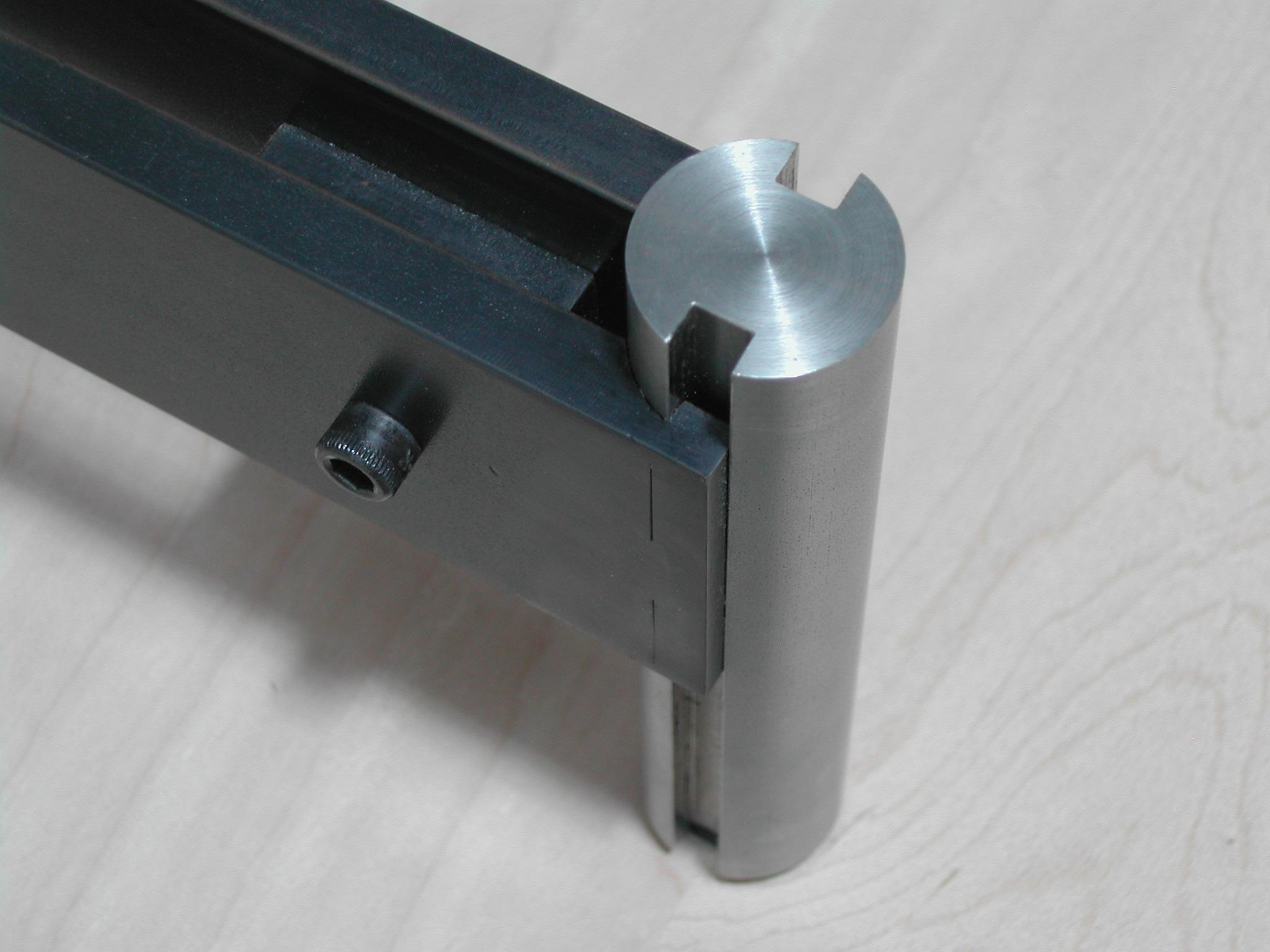 Detail - Adjustable Leveling Foot