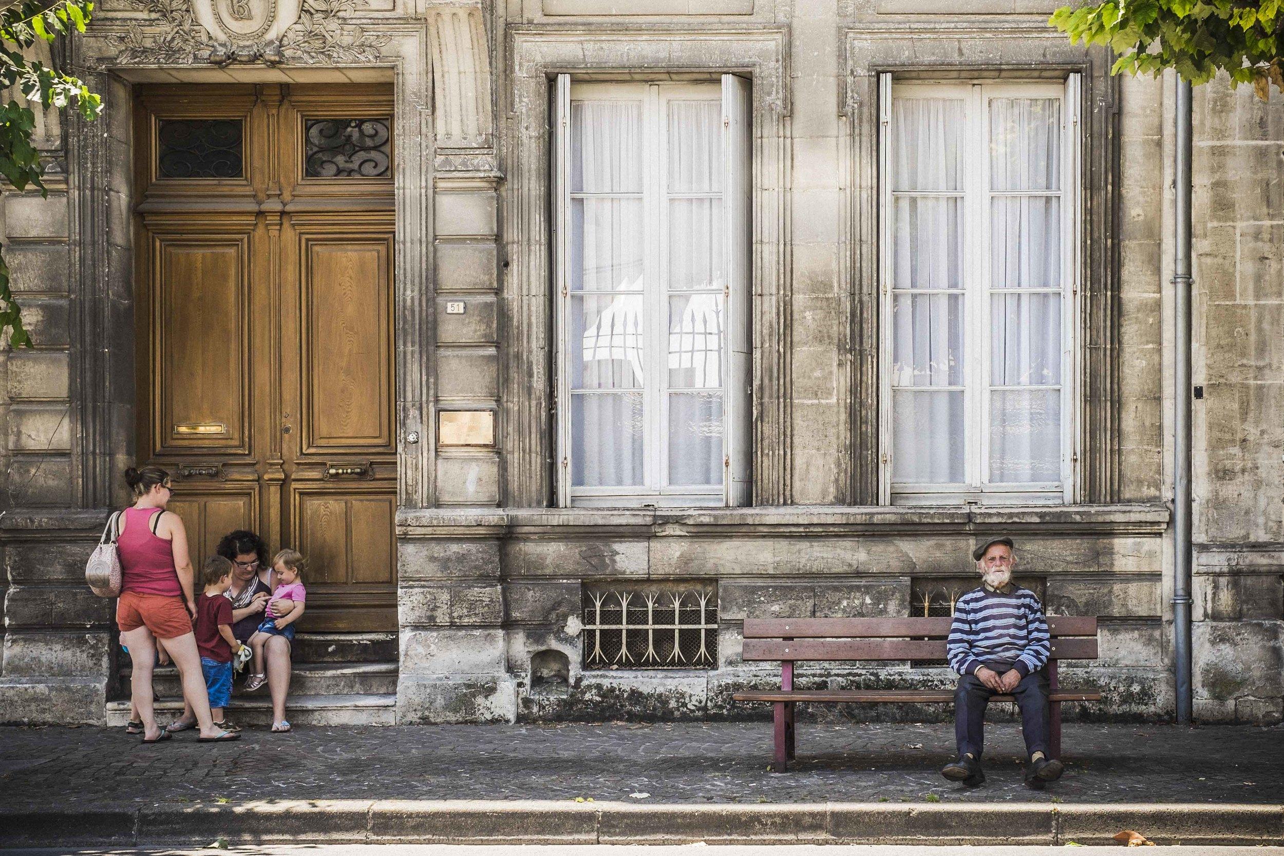 """""""Generations"""" - Cognac, France. Fujifilm X-T1 + 35mm f/1.4 @ f/4.5. 1/400"""
