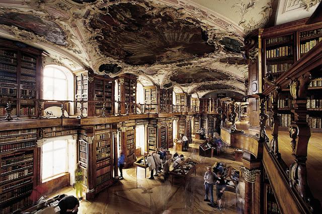stgallenstiftsbibliothek.jpg