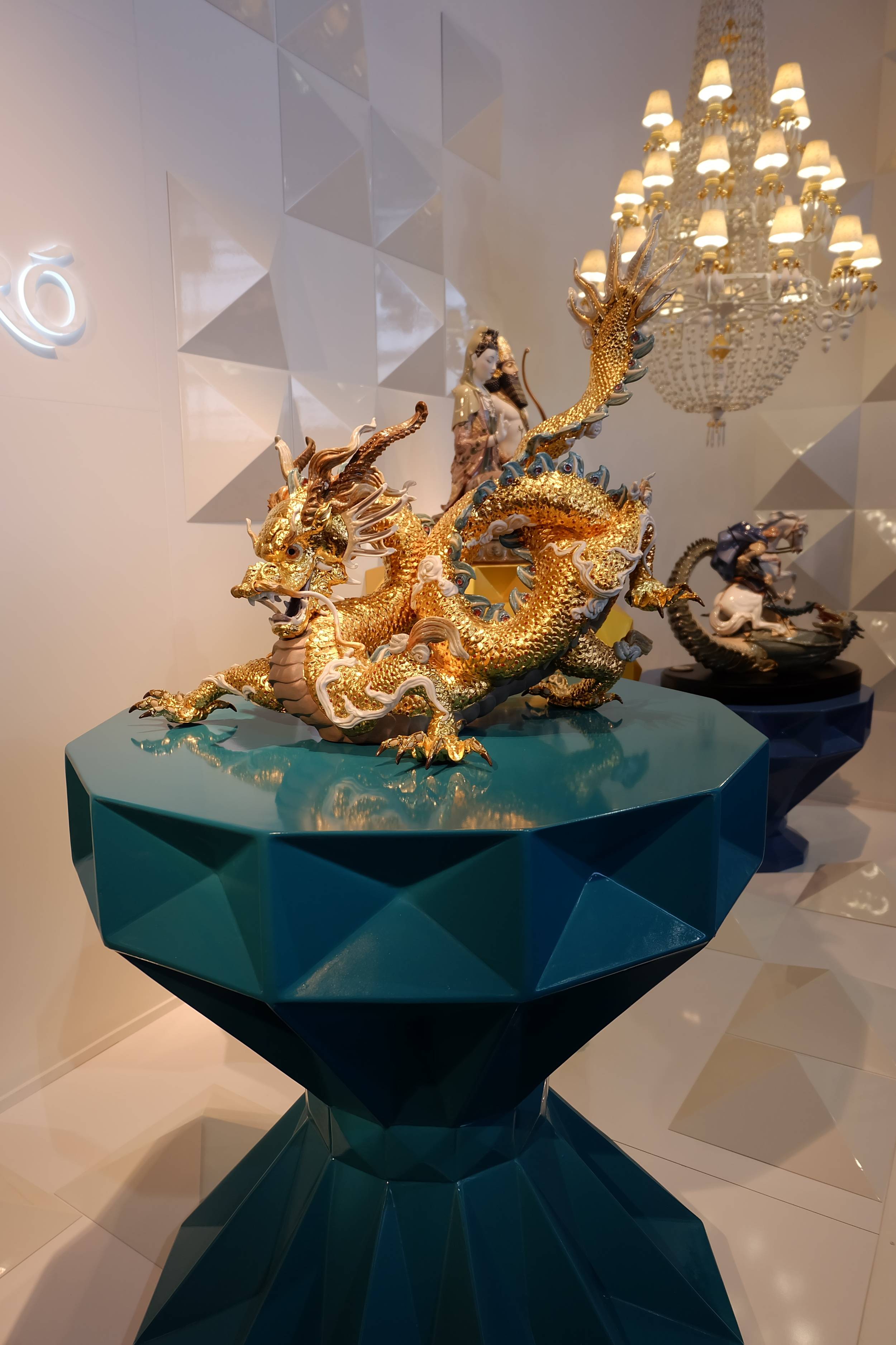 Maison & Objet 2016 Highlights - Dragon statue - refined objects for home decor | MSH Agency