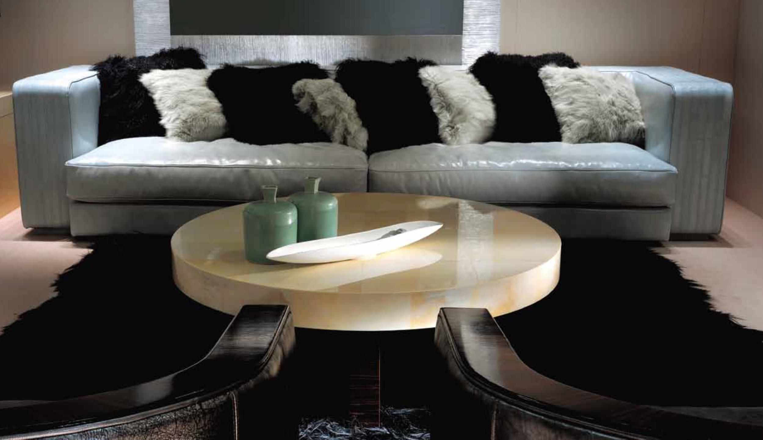 Ulivi Salotti Ritz sofa - An Ode to Leather @ Masha Shapiro Agency.jpg