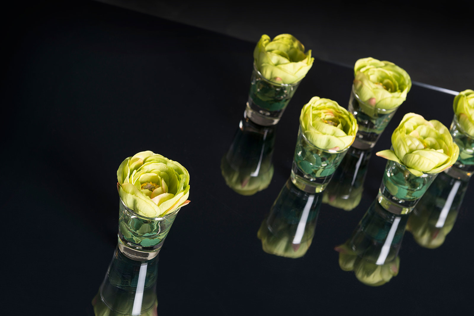 Small floral arrangements in vases by VG New Trend - Masha Shapiro Agency.jpg