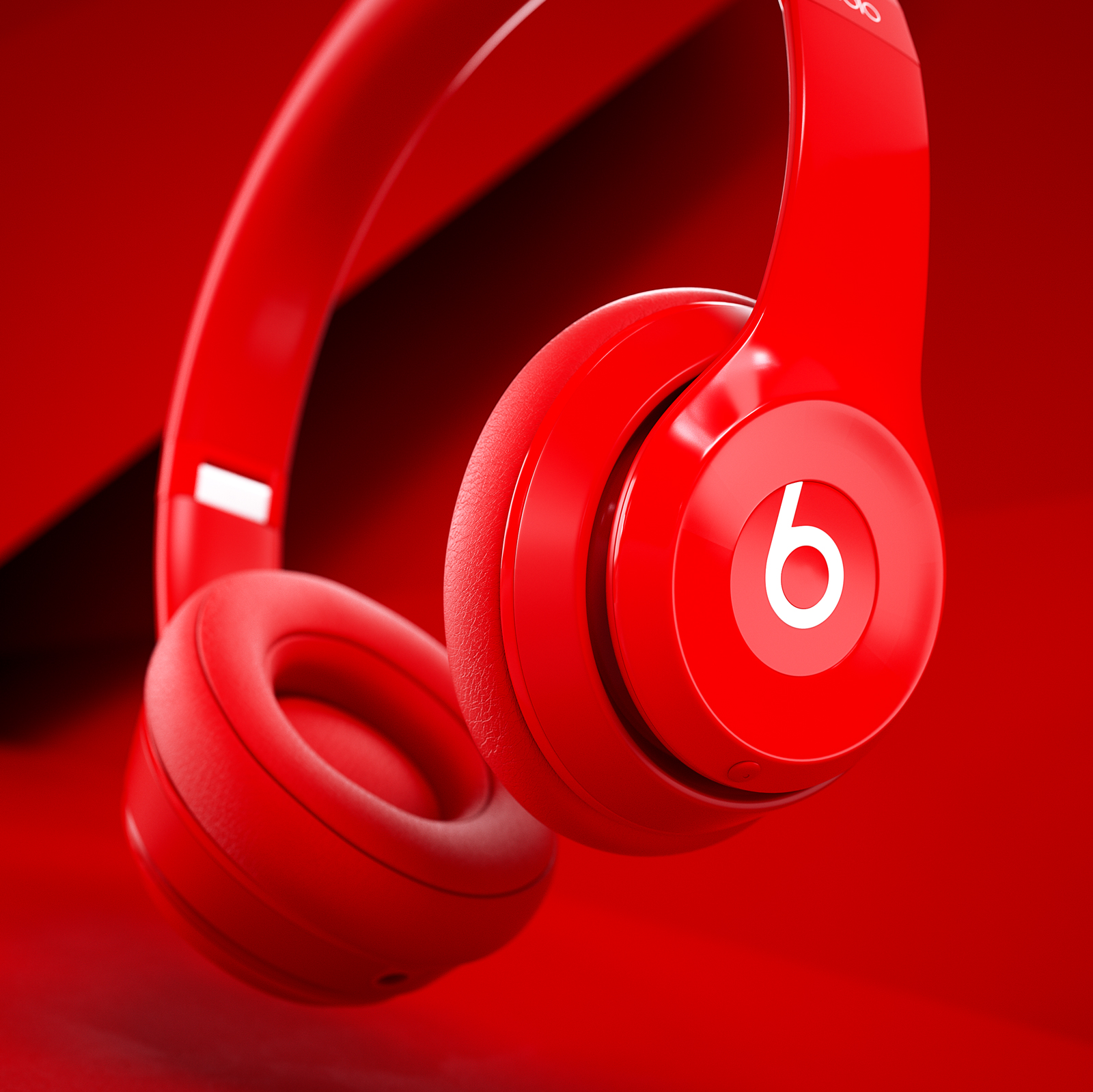 BeatsByDre_Scene_Red_02_02.jpg