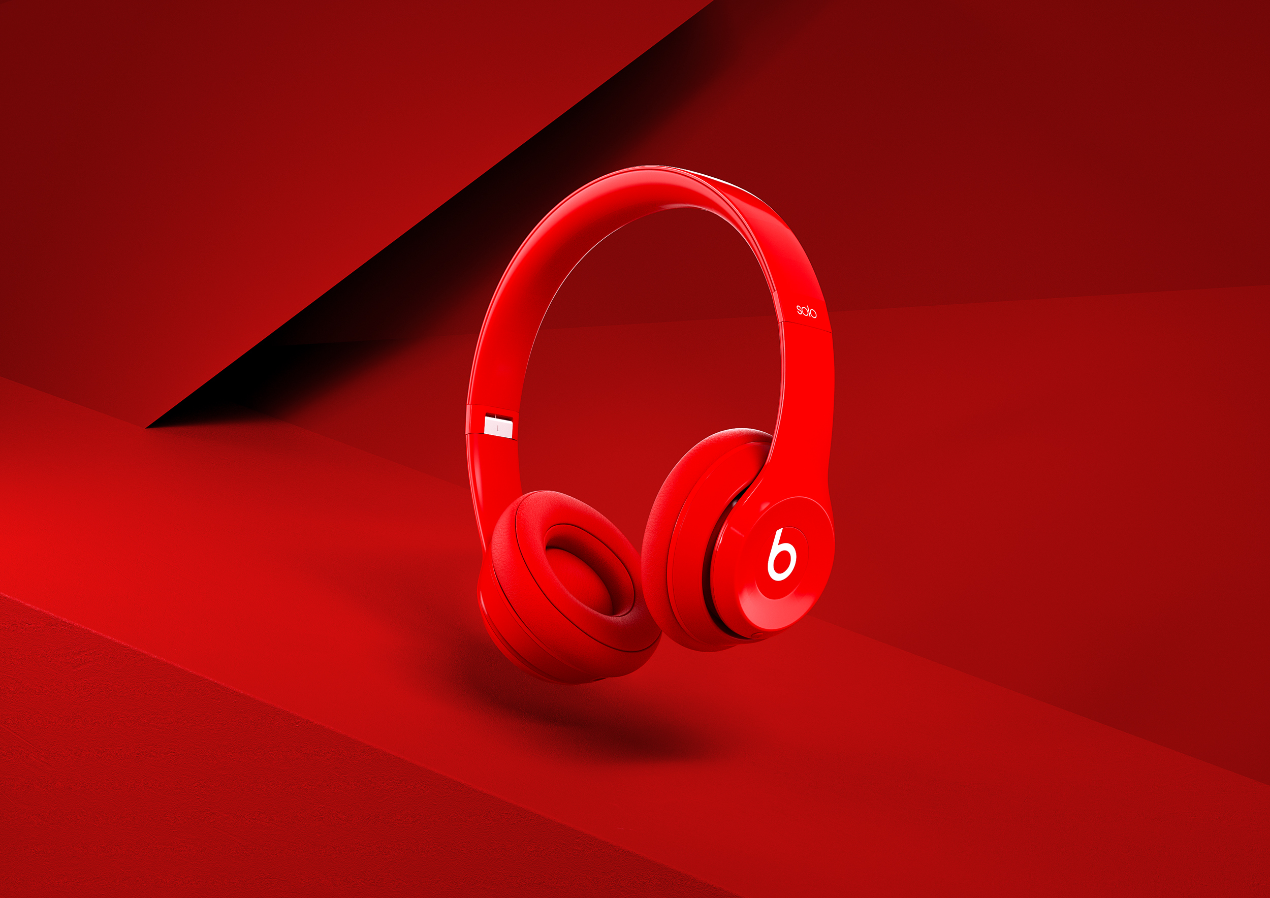 BeatsByDre_Scene_Red_02_01(WebLarger).jpg