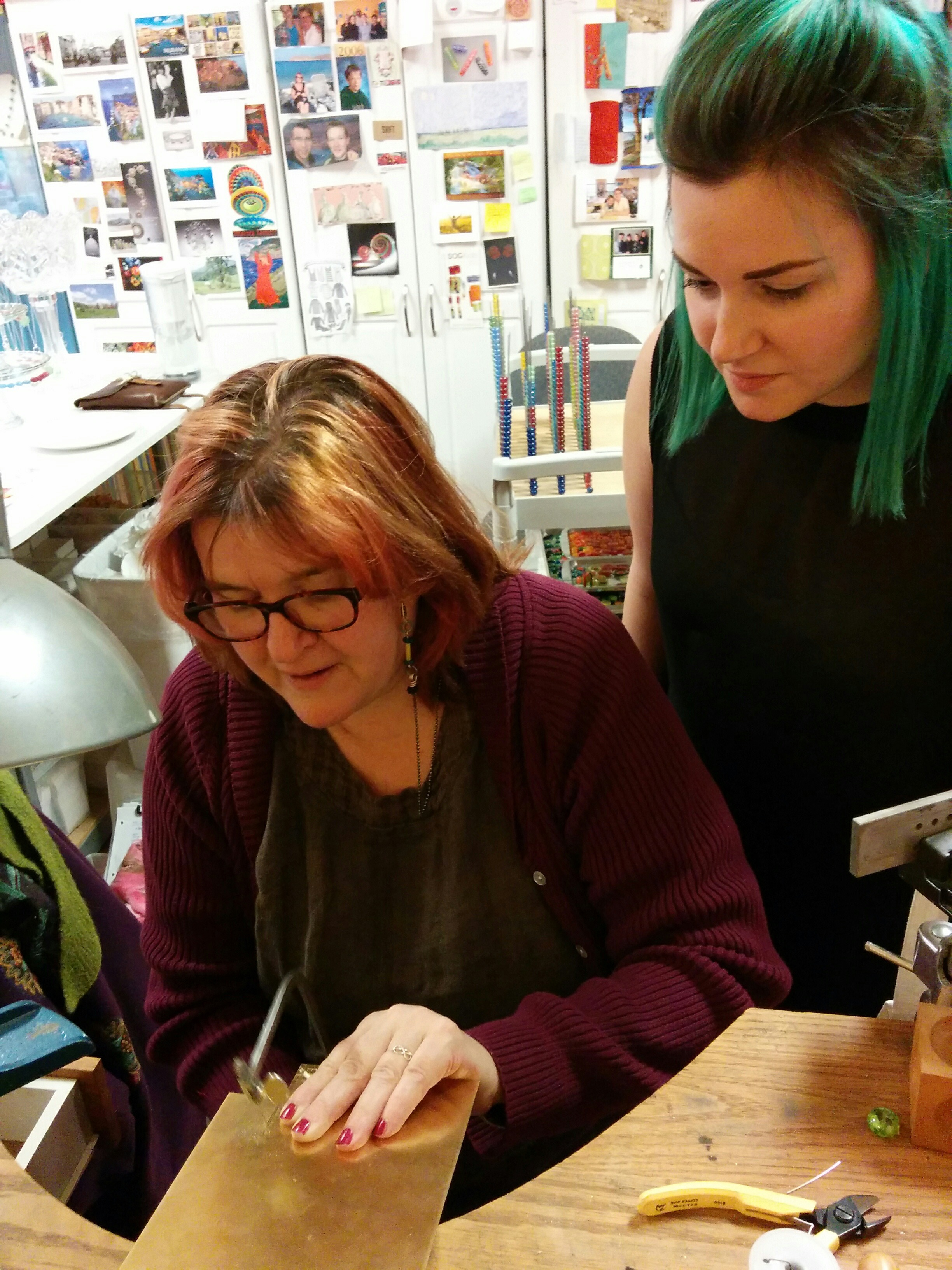 and here's Catherine MIller giving Laura a sawing demo