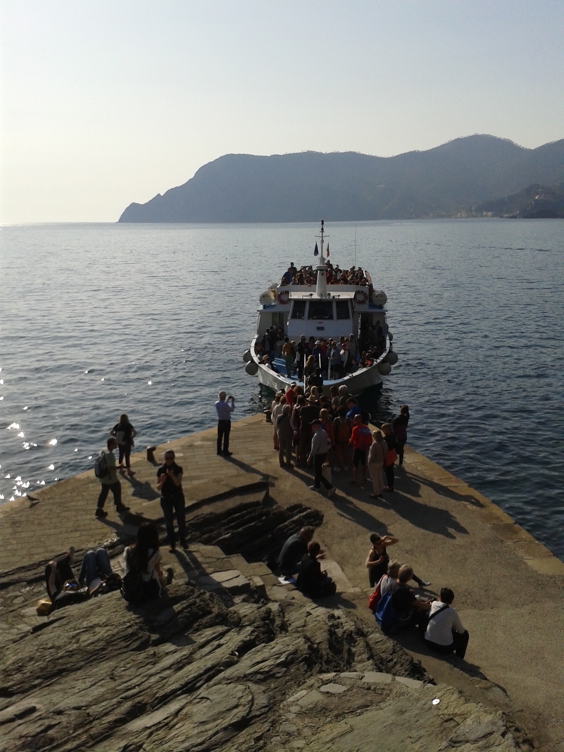ferry in Vernazza.jpg