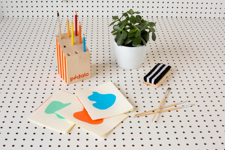 livres_atelier01_pinceau_cartes.jpg