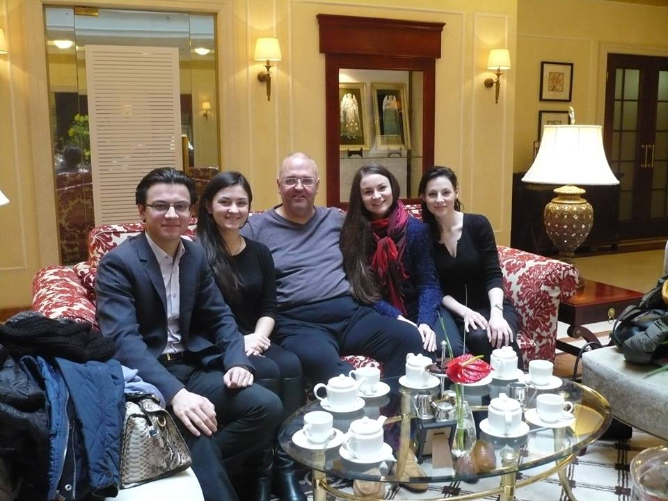Pavlo Hunka with conservatory students who will participate in MASTERCLASSES in March.