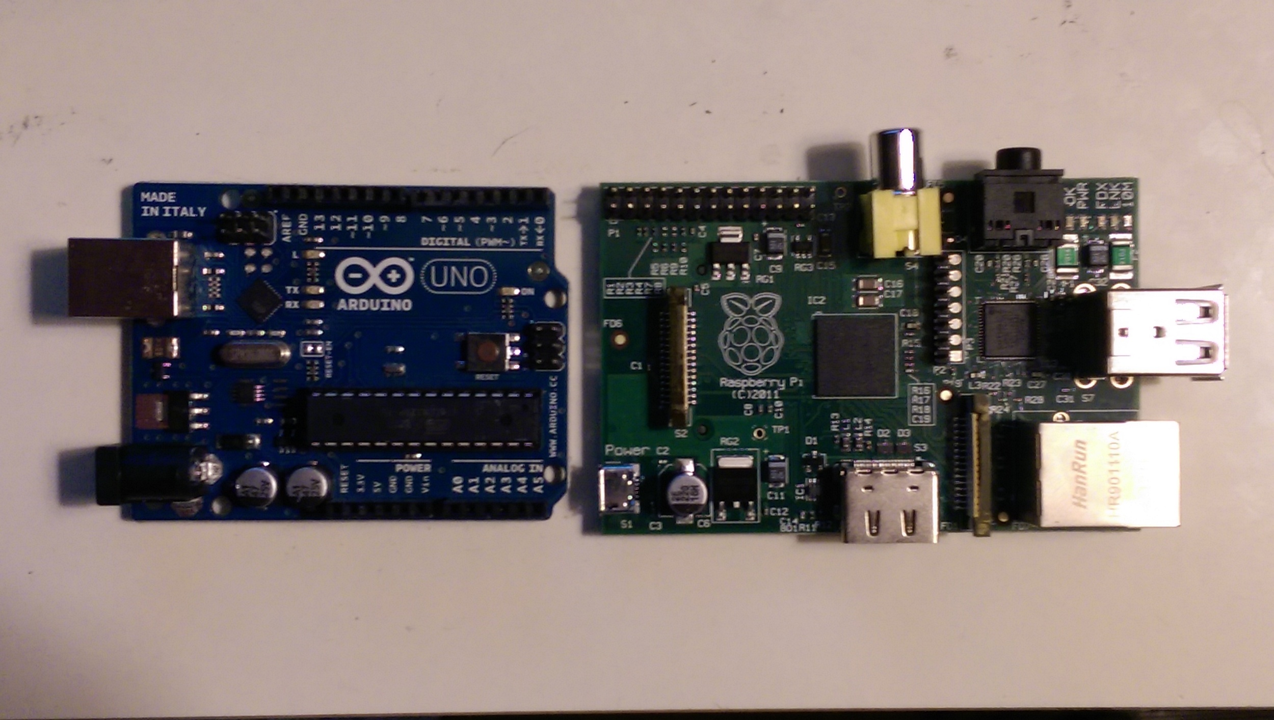 Arduino Uno on the left and Raspberry Pi on the right