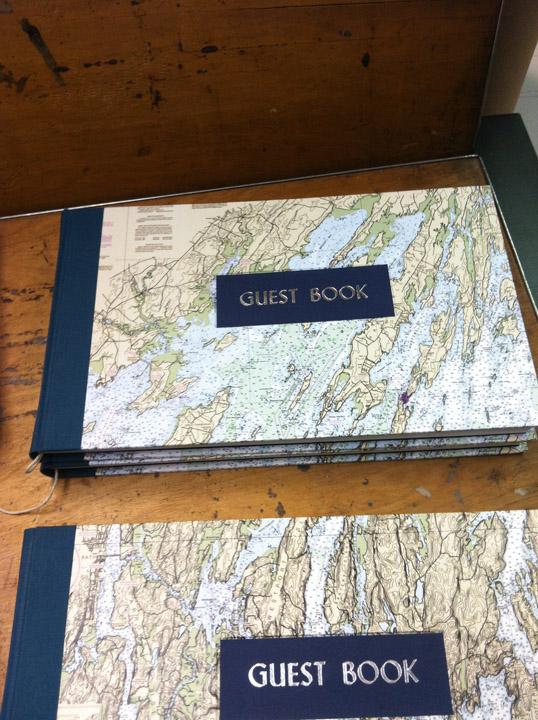 dski-design-guestbooks-3.jpg