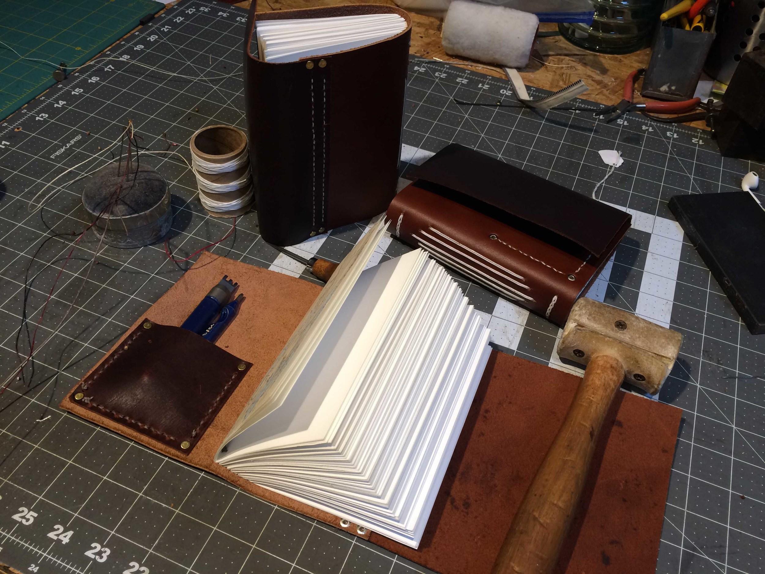 dski-design-cabin-duo-leather-1.jpg