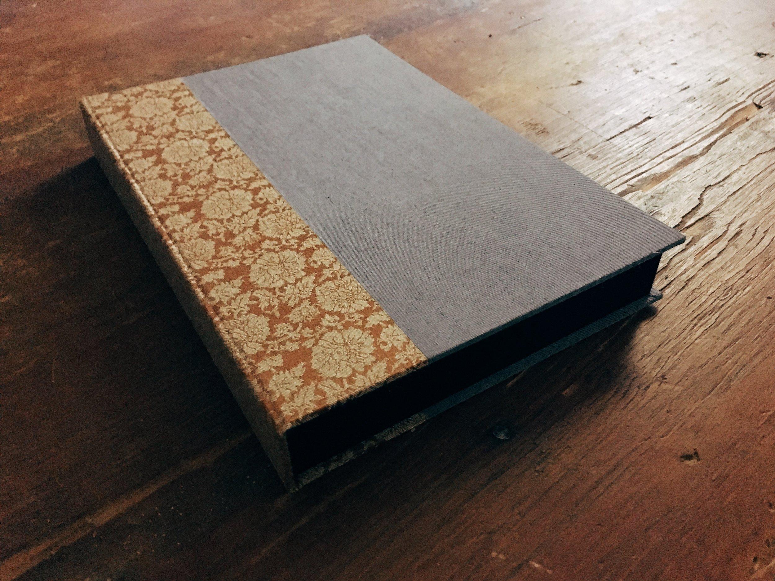 dski-design-custom-wedding-guest-book-1.jpg