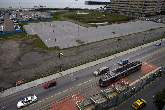 This empty lot in Mission Bay off Third Street was purchased by the Golden State Warriors for their new arena. Photo: Carlos Avila Gonzalez, The Chronicle