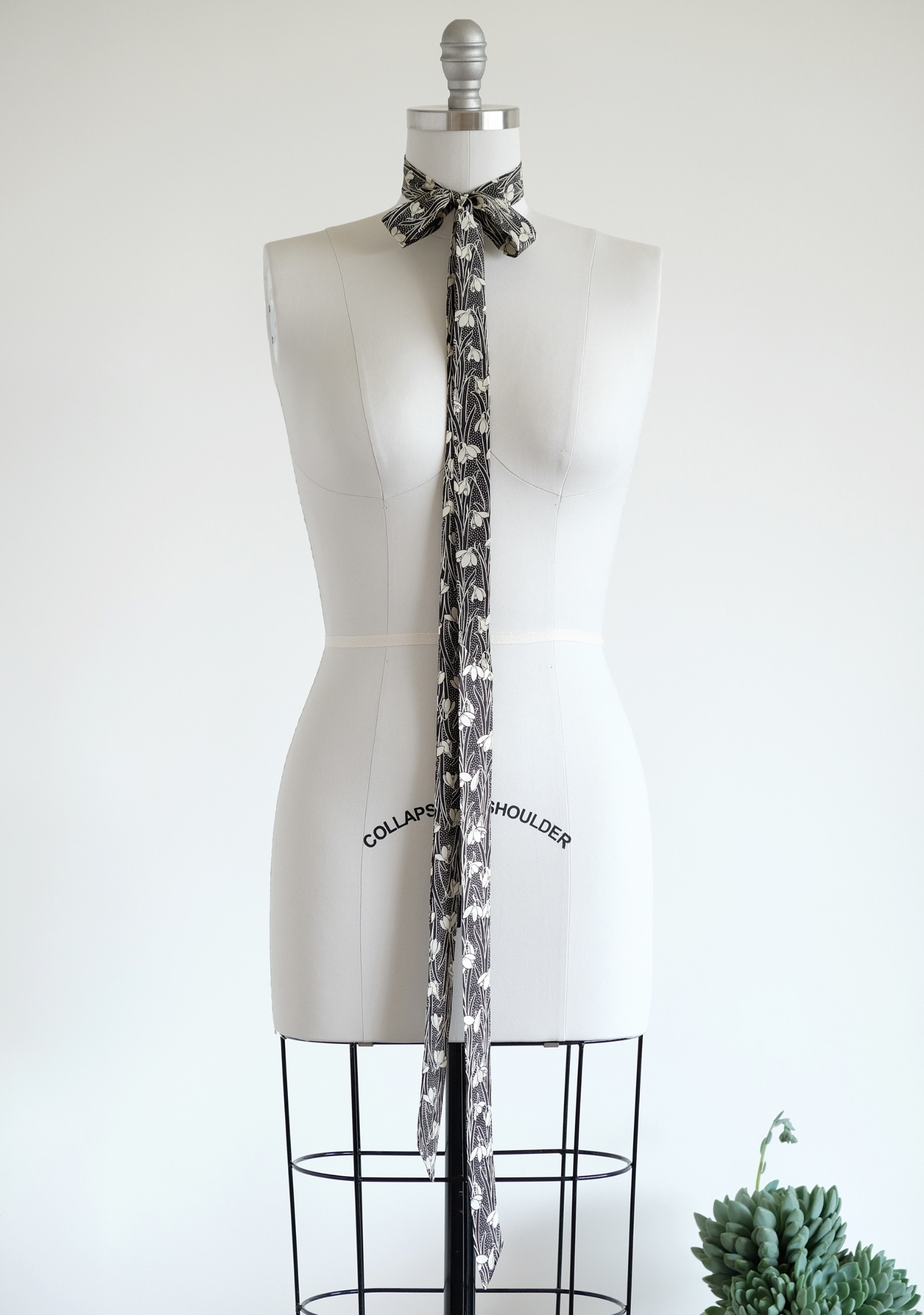 ultra skinny scarf