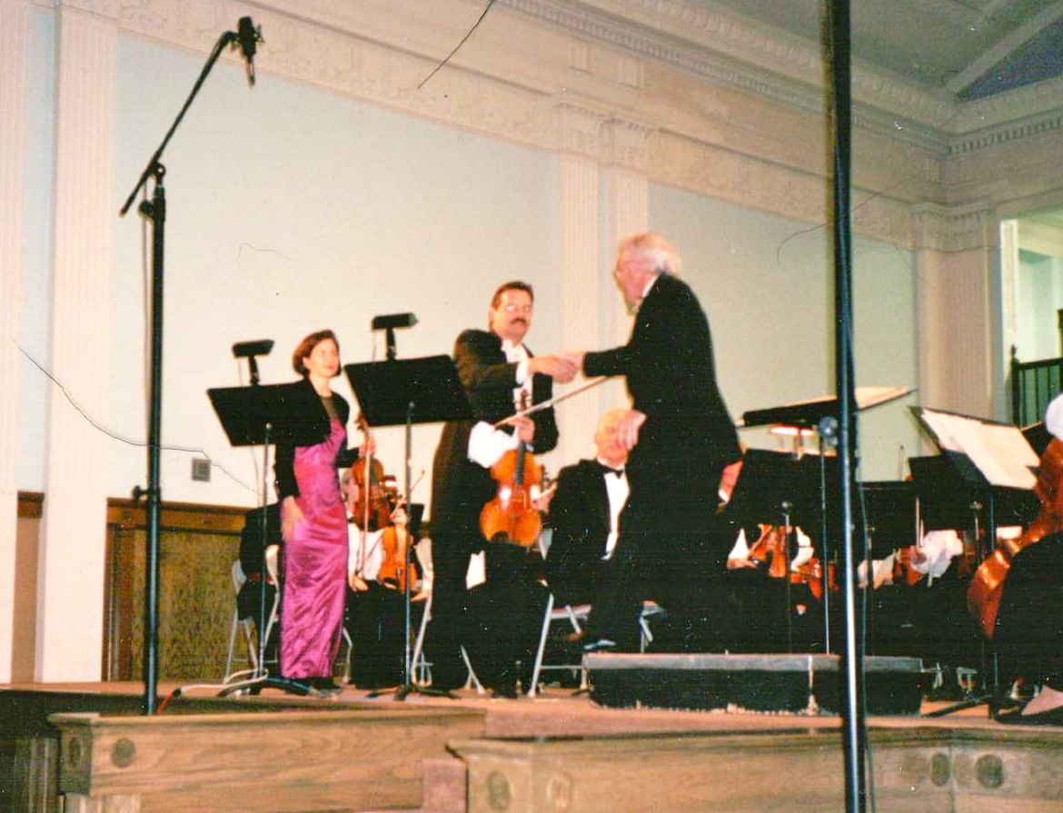 Performance of Mozart' Sinfonia Cocertante, K364.