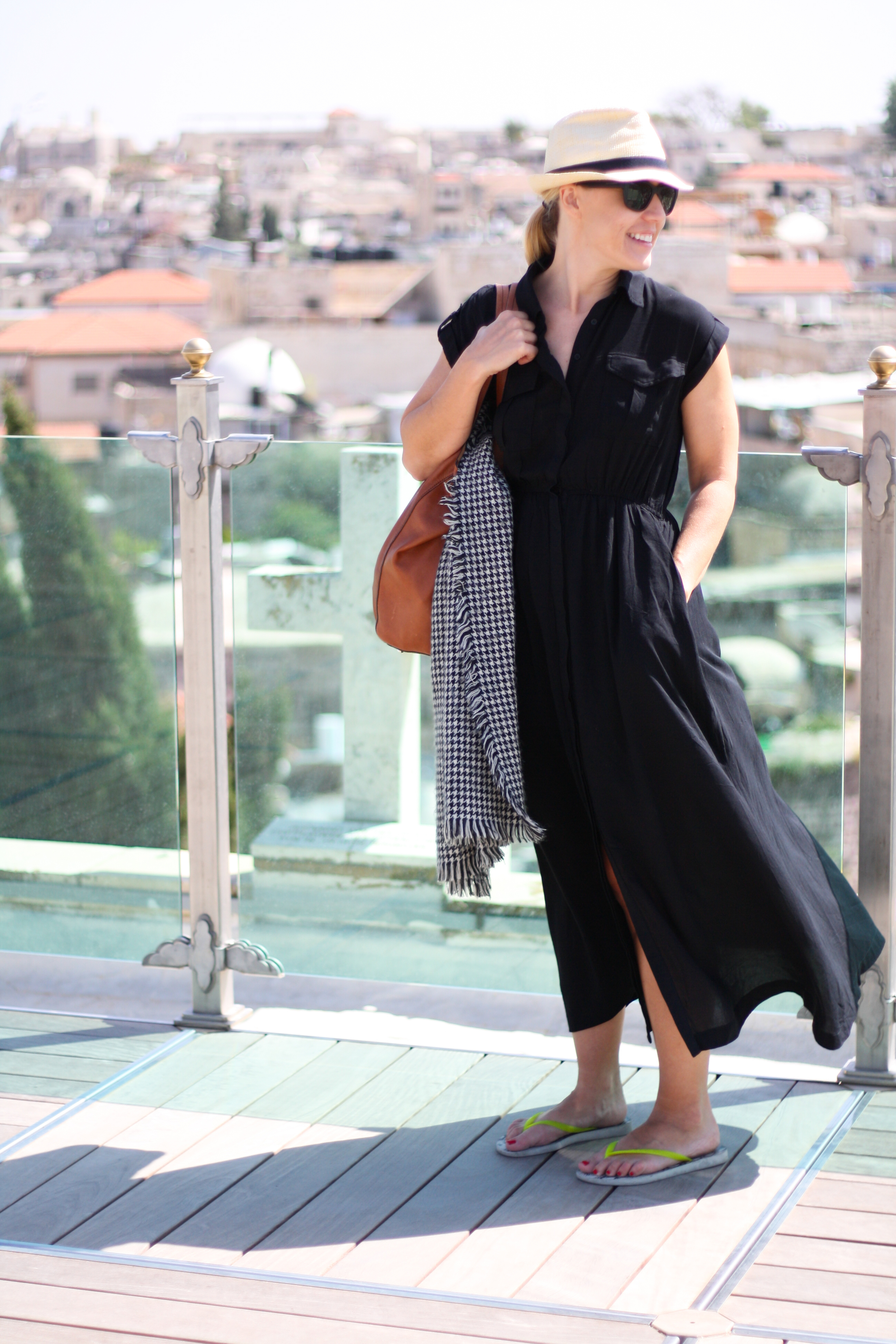 Black Goldentote Dress-7.jpg