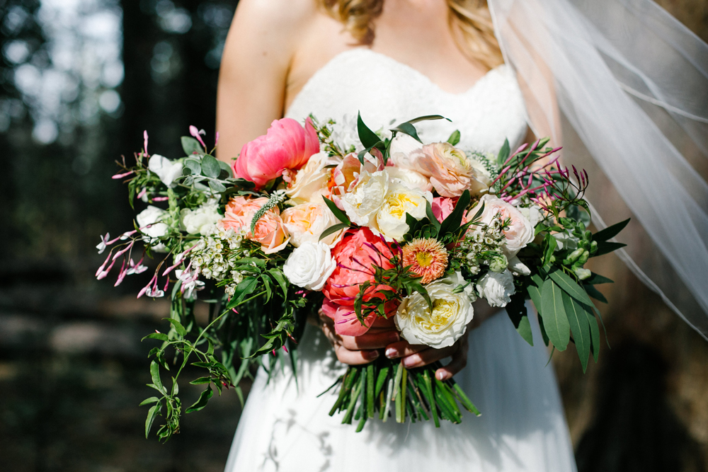 Thousand Pines Christian Camp and Conference Center |  Likemorningsun Wedding Photographer | Bloomwell & Co Florals