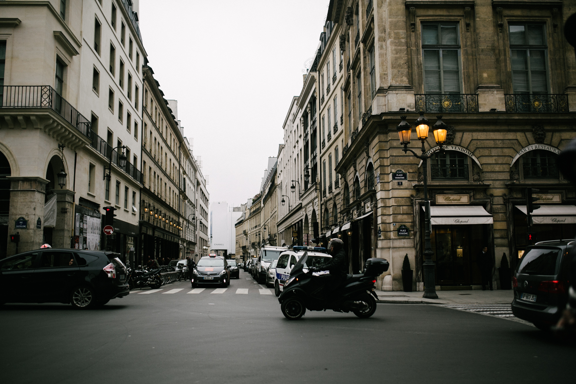 PARIS_LIKEMORNINGSUN-16.jpg
