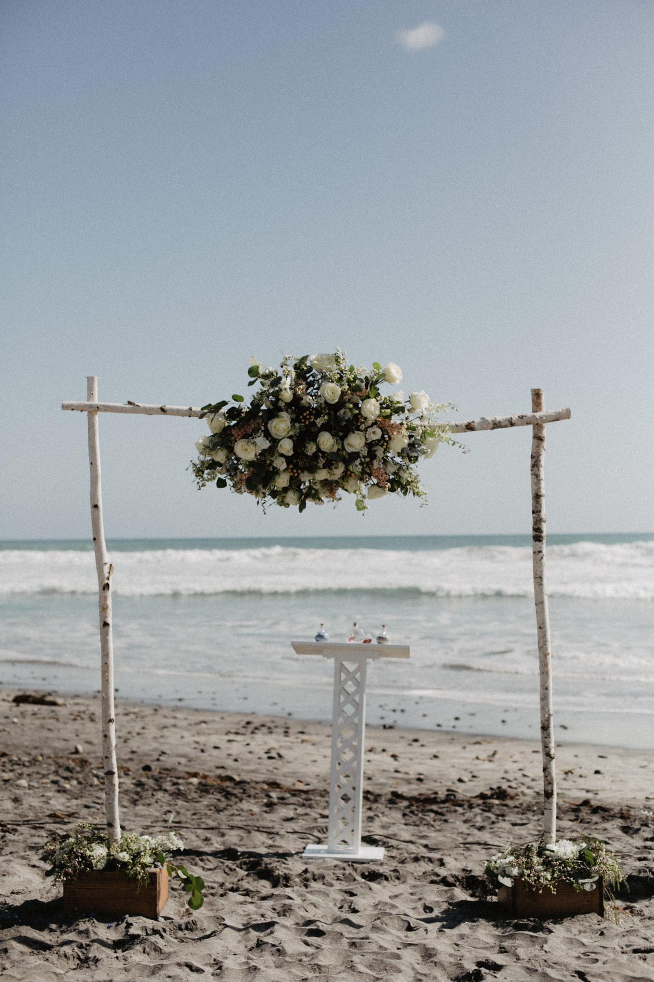 oceanside_airbnb_wedding-19.jpg