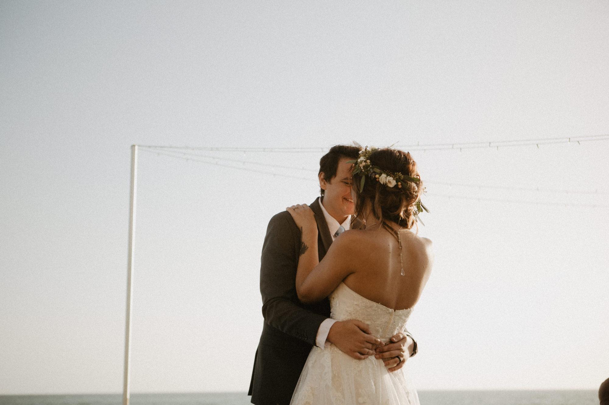 oceanside_airbnb_wedding-51.jpg