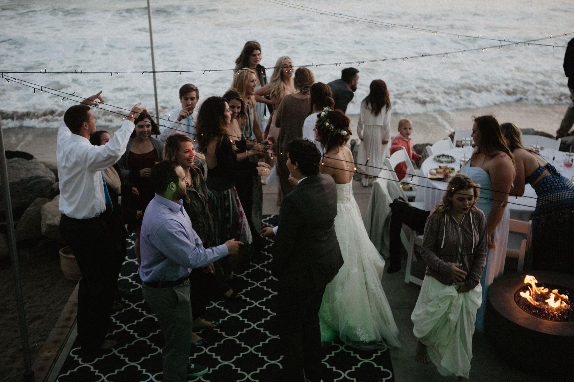 oceanside_airbnb_wedding-66.jpg