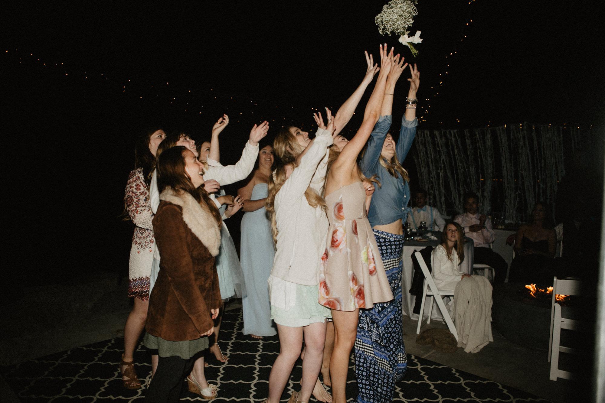 oceanside_airbnb_wedding-79.jpg