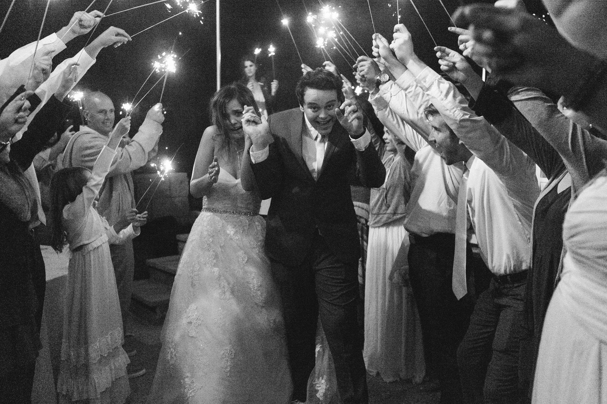 oceanside_airbnb_wedding-82.jpg