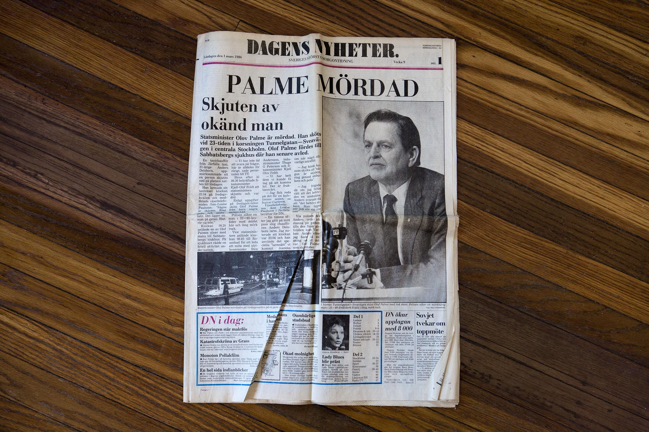 Dagens Nyheters förstasida den 1 mars, 1986.