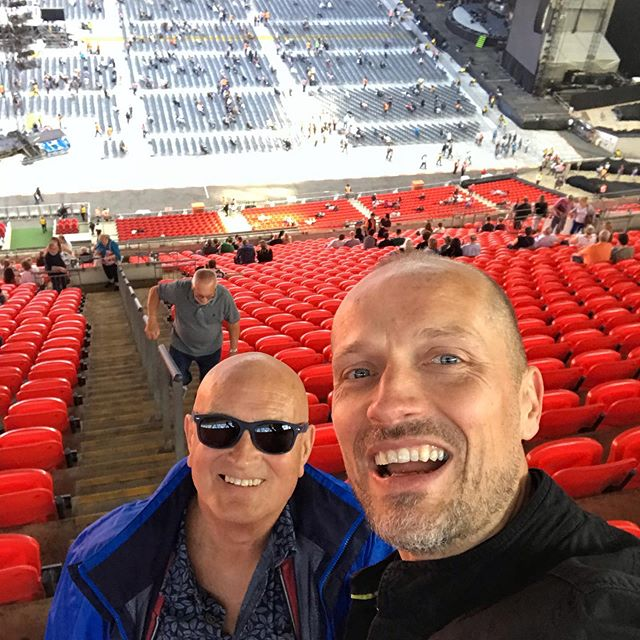 Gone to see the other #pianoman with the old man! #billyjoel #wembley