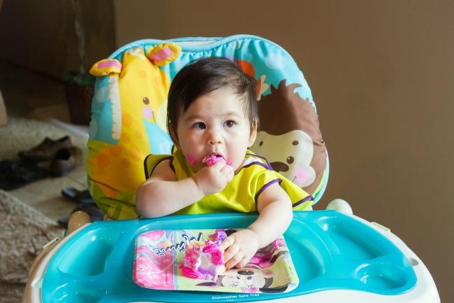 selah's-1st-birthday-cake2.jpg