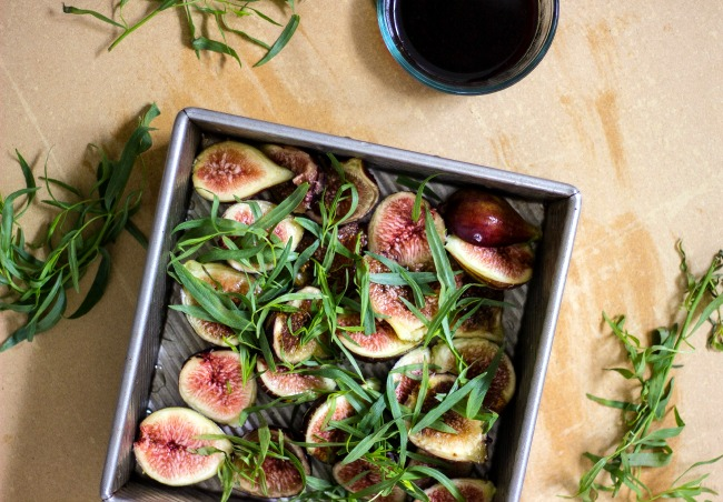 figs-roasted-with-tarragon-and-balsamic